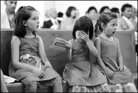 Little girls reactions to the bride and groom kissing at their wedding: http://t.co/Fz5bIqgBMw