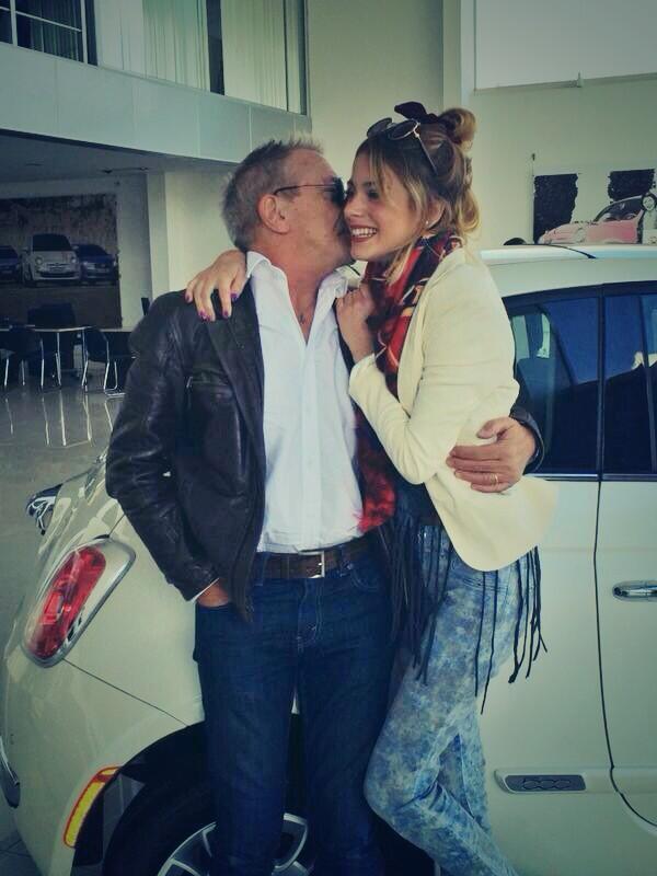 Mi chiche nuevoooo @FiatAutoArg !!! Te adoro GRACIAS! 👏❤️🎈🎂 http://t.co/cMmcaf6lwH