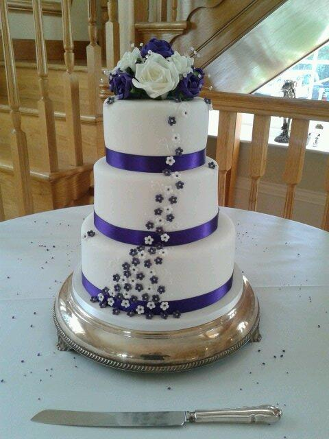 Cadbury purple and white 3 tier wedding cake x please RT x http://t.co/TINwvnKnNm