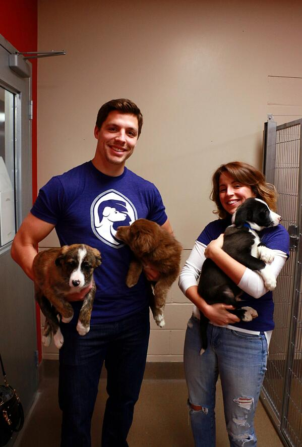 A big thanks to Edmonton Oiler @DP_57 and g-friend Vanessa for swinging by  #EHS to promote shelter animal adoption http://t.co/425I0T8ngy