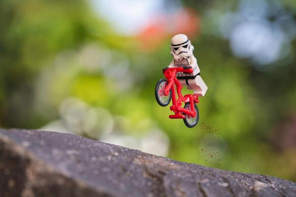 """""""@500px: 36 Must-See Photos Of #Stormtroopers Doing Awesome Things: http://t.co/68GXWoutCV #starwars http://t.co/fc7wZz4ZPW"""" @bobcam27"""