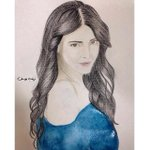 RT @ShrutiHaasan_FC: Fan Art:A lovely painting of the prettiest @shrutihaasan by zianab yousef. http://t.co/3JdVKt5Ijv http://t.co/yAZyy04C…