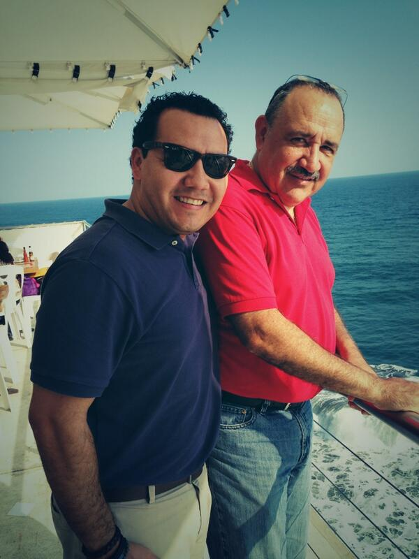 The best man & Dad in the World!! A double blessing!! Love u Dad!! http://t.co/er4RXsQQP2