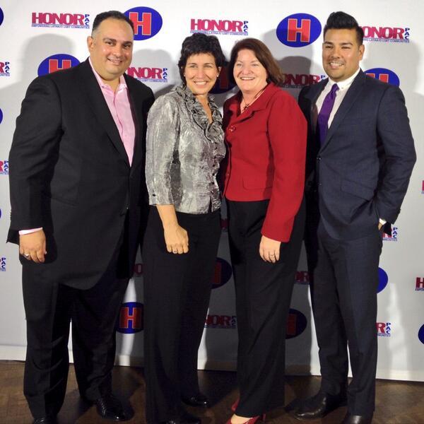 Happy to be with @SenRicardoLara, @AsmSusanEggman & Speaker-elect @ToniAtkins tonight at @HONOR_PAC's inaugural gala. http://t.co/TzpwtivEfb