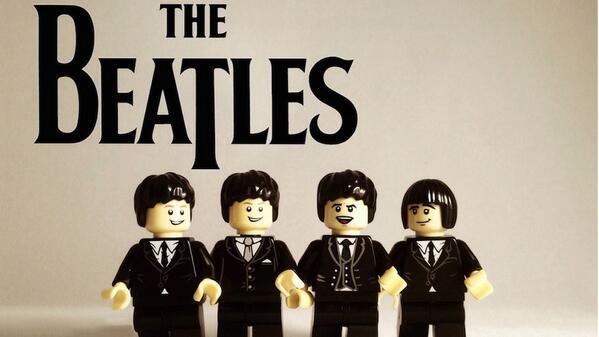 Ultime consécration : Les Beatles sont en Lego ! http://t.co/YmC5gWMGGR http://t.co/RC4py14ecK
