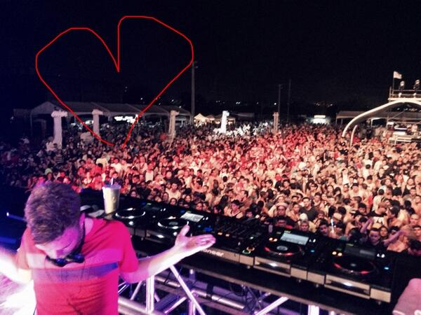 Puerto Rico - 100X the fun & so much energy.... what an amazing night. A million thankyous #CoorsLightSoundFields http://t.co/PgMqSLrfWz