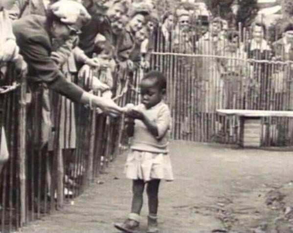 """@HistoryInPics: African girl in a human zoo, Belgium 1958 http://t.co/L95vJUdM4O"" @MCHammer @MrChuckD @THEREALBANNER @Tyrese @RevRunWisdom"