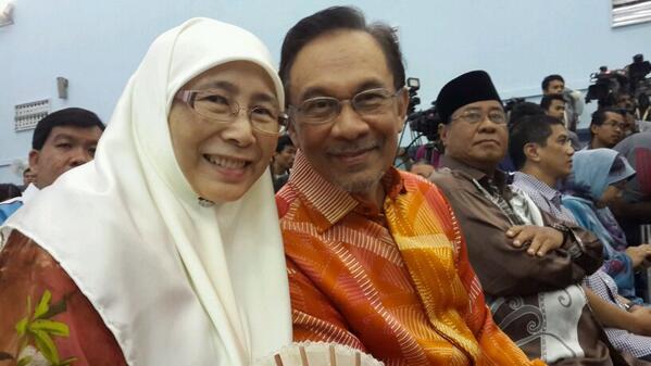 tgh tunggu keputusan. @anwaribrahim http://t.co/lNvOgqzkc2
