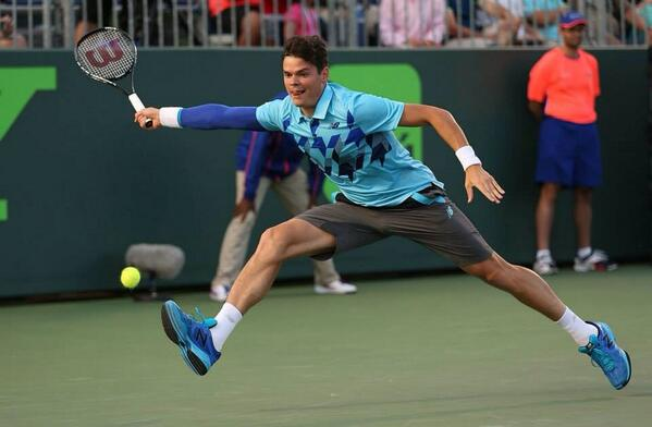 RT @WilsonTennis: Cool photo of @milosraonic on the full stretch. http://t.co/34KhNLy7FG