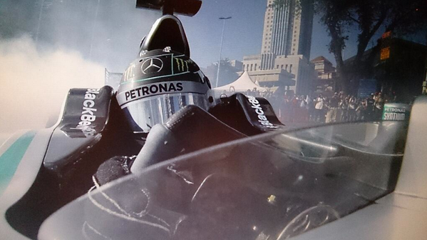 RT @GeorgNolte: yes!! the @nico_rosberg donuts cam in KL! http://t.co/Txx2tgcoJm