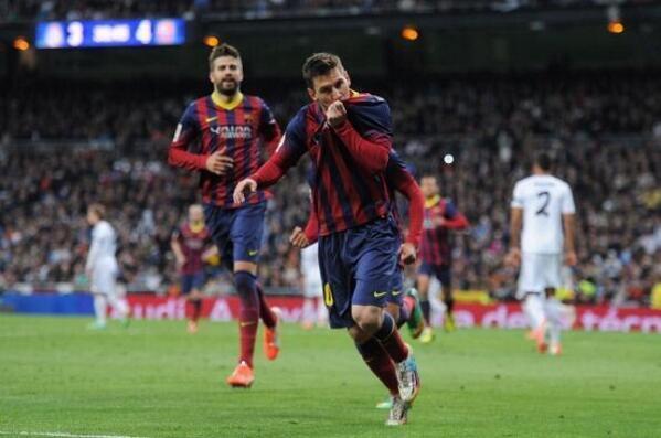 Ell, el més gran, i 10 més amb el permís del meravellós Iniesta. http://t.co/l7ee1oO7pY