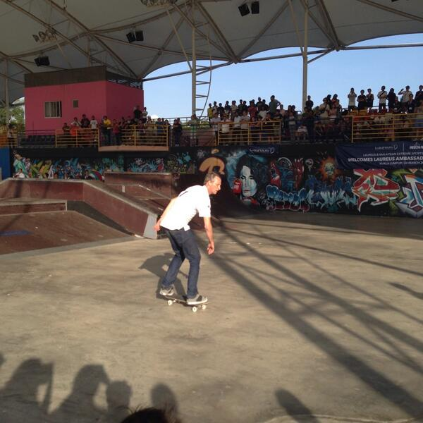 Checkin out the Birdman, Tony Hawk here at Mont Kiara skatepark! #tonyhawk #laureusawards http://t.co/uNpISZK4S3