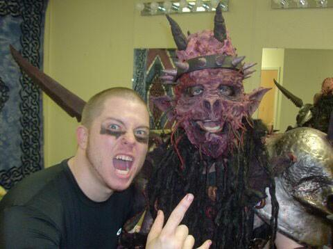 Dave Brockie R.I.P. ! Gone too soon! Talk about a genius/madman/artist/intellectual/crazy fucker/nice guy etc!! http://t.co/NHlVhIe5ZW