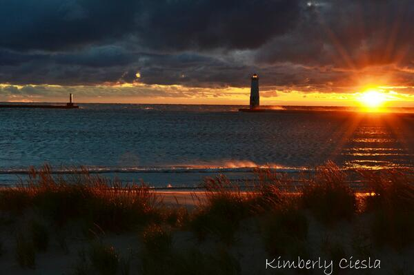 Beautiful shot!  RT @Ciesla504: .@Lifeisgood Frankfort Light ~ Frankfort, Michigan  #PureMichigan #Lighthouse http://t.co/GE7SMsIvqC