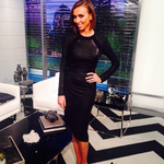 RT @AaronMatthewLA: The fabulous @GiulianaRancic looking oh so elegant in @Kymerah Drako dress while hosting @ENews http://t.co/yL88NKyeCj