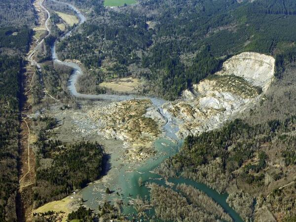 I believe in miracles: Search resumes for Wash. mudslide victims: http://t.co/tulKSgDSZU (Photo: Ted S. Warren, AP) http://t.co/Crk0P8f8Rw