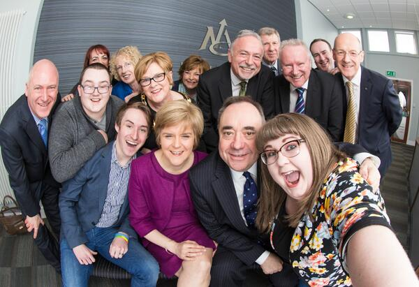 Selfie Oscars style! Members of Scottish Cabinet, North Ayrshire Council Cabinet & Youth Council Cabinet http://t.co/bhaDvyIY4L