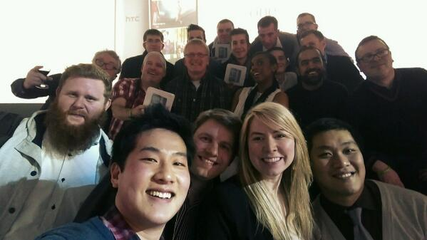 First @HTCelevate selfie with the #HTCOneM8! http://t.co/1OnlBz8hcr