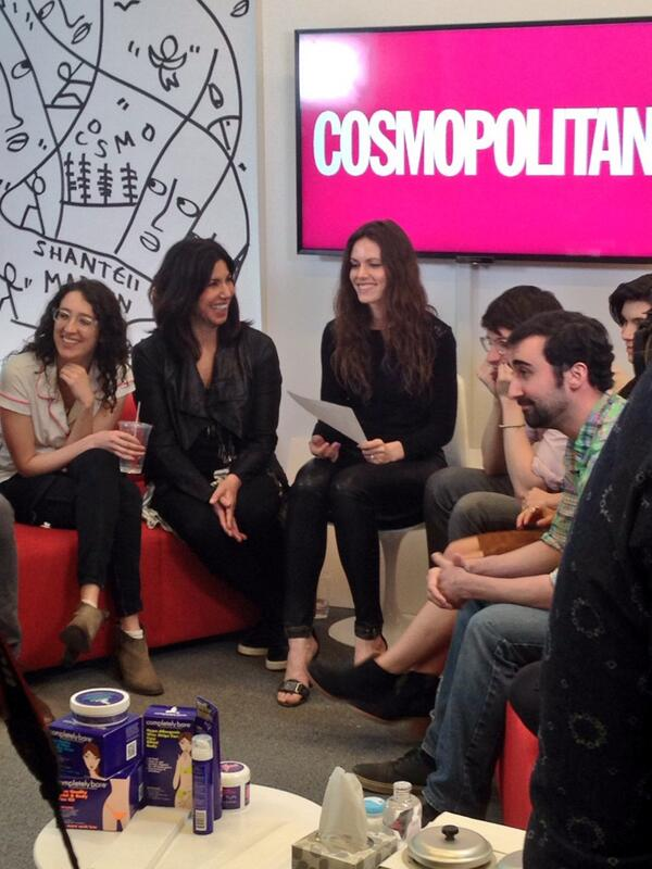 Going live in five minutes! Are you watching? #CosmoLive http://t.co/hVq01iGYR0