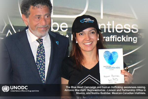 Triathlete Norma Bastidas (@ultrarunwild) supporting the Blue Heart Campaign http://t.co/ulbcdyBM7s #humantrafficking http://t.co/JwxZghGOIQ