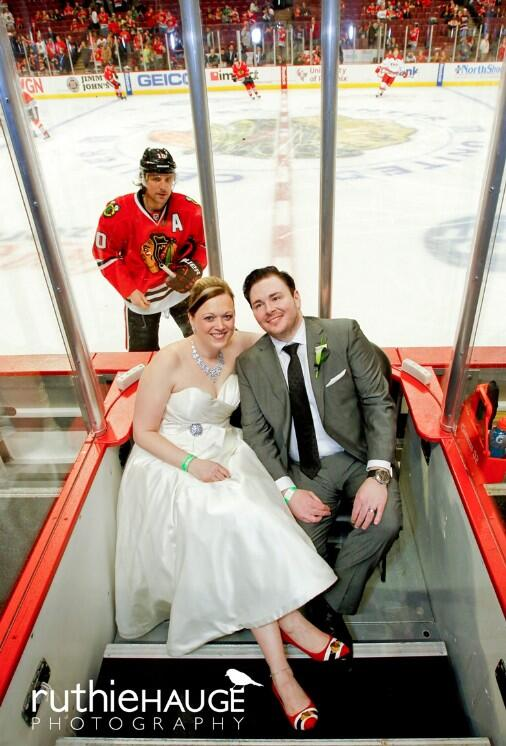 If Patrick Sharp doesn't photobomb my wedding pictures I'm not getting married. http://t.co/7WfBJkKbCK