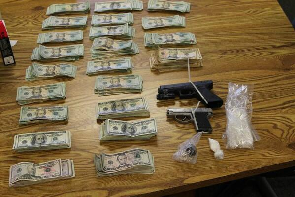 Lincoln Interagency Narcotics Team Dismantles Heroin & Meth Operation in Newport; 2 Arrested http://t.co/cd5qhpjkFm http://t.co/hNATfp3c0F
