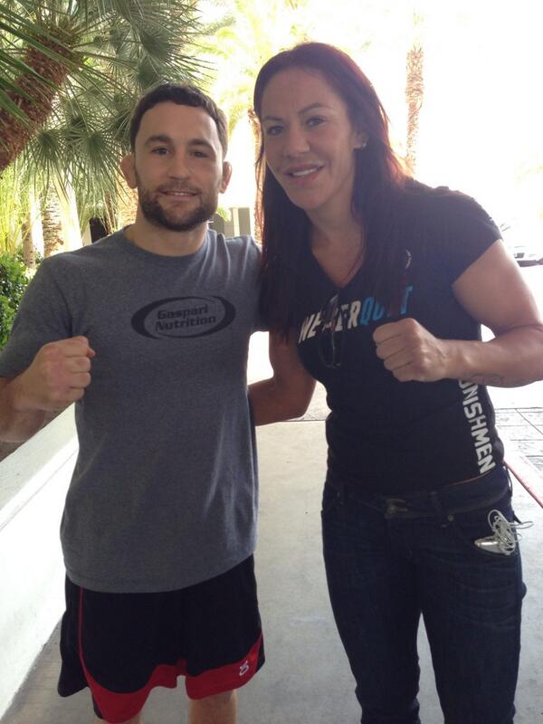 At the Hard Rock LV, there's fighters fighters everywhere! @LionFight @ufc @criscyborg @FrankieEdgar http://t.co/ezTCv1H2uj
