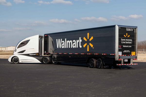 Peterbilt, Capstone, Great Dane and Walmart collaborated on Walmart Advanced Vehicle Experience (WAVE) #MATS2014 http://t.co/pKs9C9LjY1