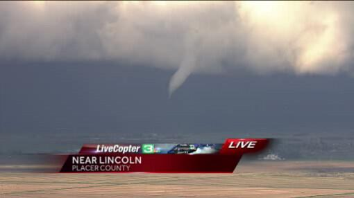 #LiveCopter3 photos of funnel cloud in Roseville area. Residents asked to stay inside http://t.co/3TjaU5Mrcq http://t.co/xfSLReiNEA
