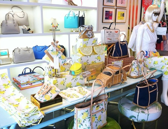 Love this new Kate Spade collection filled with lemons!! http://t.co/E9OksWqpyC