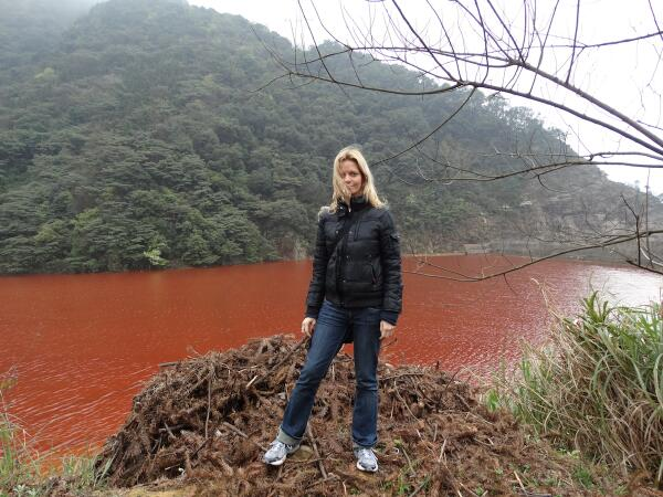 When Chinese Rivers Run Red: Polluted water leaches heavy metals into fields & crops. Read more in 3/28 Science mag http://t.co/RRYh8eiZ2m