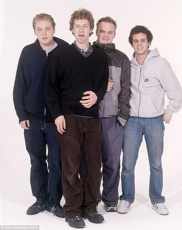 This is Coldplay a couple of years before they released their debut album, wow. http://t.co/PKDIiVYvnq