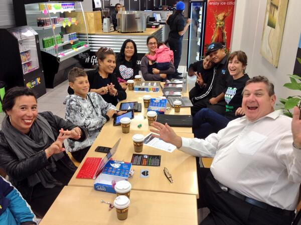 A #GigatownPorirua powerhouse! Cheers for the hot chocolates #LOGINcafe! http://t.co/jbdyBQMBXt