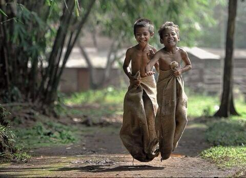 No iPhone, no toys, no television and see their face. http://t.co/T78MLfJsFB
