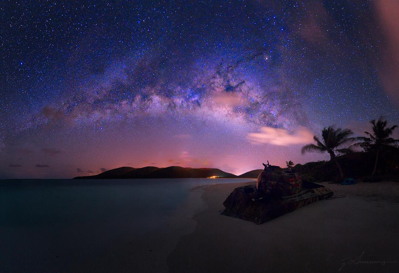Milky Way over an Abandoned Tank on the Caribbean Island of Culebra http://t.co/SGkvEDvI5d