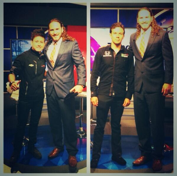 Don't miss @MundoFOX8 at 5pm and 10pm tonight! With @sebsaavedra and @CarlosMunoz034 @IndyCar #TeamColombia #IndyCar http://t.co/hPUZGny28h
