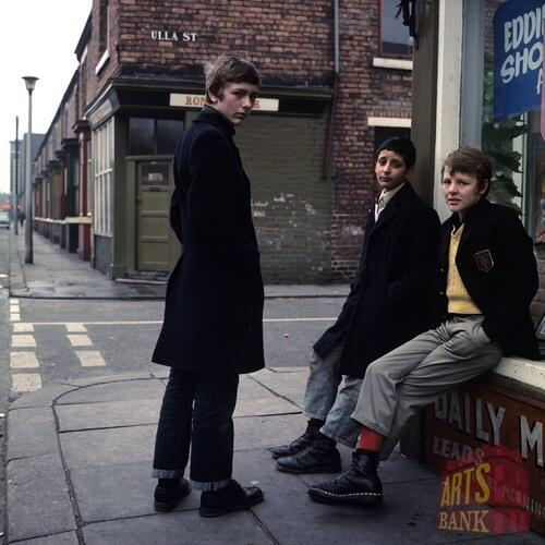 Boot Boys, Ulla Street Middlesbrough early 1970s Oi Oi Oi http://t.co/4J2sYMCsxM