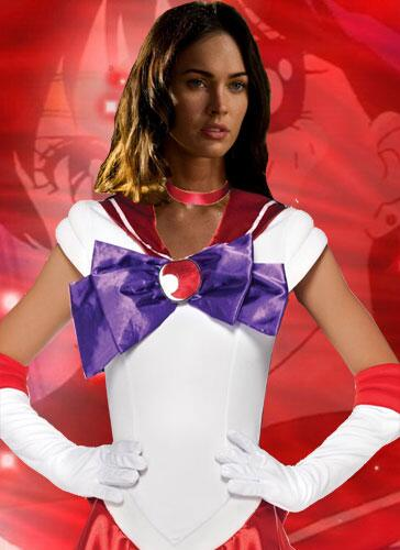 @meganfox surprised us when in her EW interview she threw out Sailor Moon as a remake idea. http://t.co/kmFEbTorMR http://t.co/YHWOAJ4lK9
