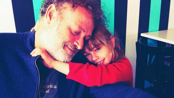 Cada vez creo más en el amor. Duermo tranquila con esta imagen en mi cabeza. Buenas noches http://t.co/ElQOsN3s3C