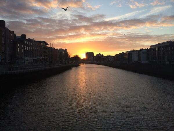 What a beautiful start to the day. Good morning, Dublin. http://t.co/kCsrj8UmIg