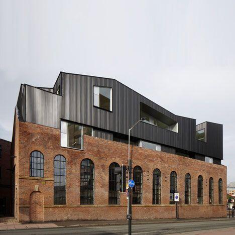 Huis te klein geworden en geen zin om te verhuizen? Zie hier de oplossing. Benut het #dak met #dakopbouw http://t.co/aZGTRNoozx