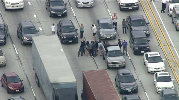 #SKY5: People taking pictures and selfies on the 105 Freeway. #KTLA http://t.co/M7JBmrR5HD