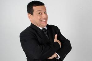 """""""@alonsotoro: Emilio Lovera dona el dinero recaudado en sus show en USA a el Foro Penal Venezolano, Gran EMILIO!!! http://t.co/K3tfL3XD1c"""""""