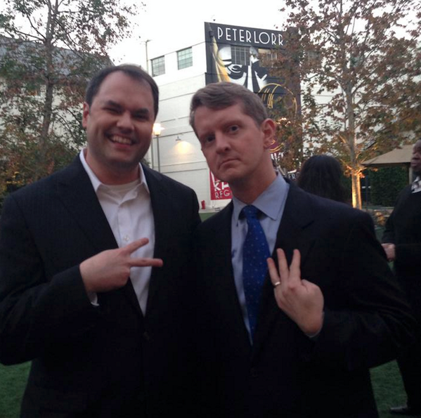 Obligatory pic of me and a very serious @KenJennings throwing gang signs. http://t.co/XkLW1dpRh7