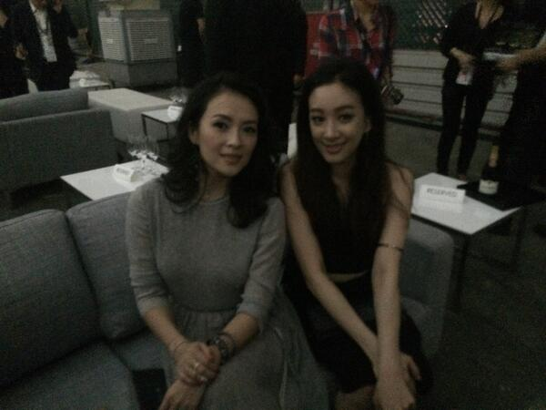 #calvinkleinlive with zhang ziyi.. 나의 여신...  장쯔이 님과. http://t.co/1PWPfXYQpu
