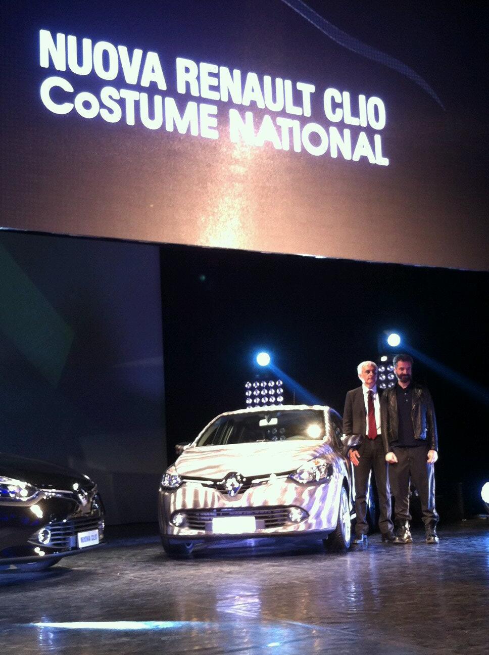 RT @renaultitalia: Ennio Capasa di @costumenational ha reinterpretato Clio come una vera innovative fashion car. http://t.co/NVEhB4a3at