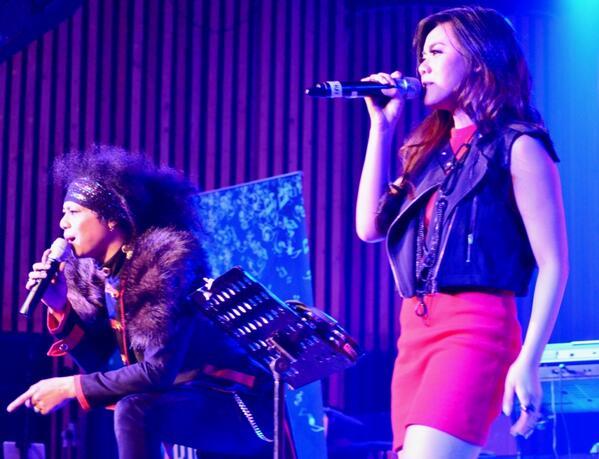 RT @declaROCKtion: @olarosaa & Yoda @TheRealOda Rockmantiz&great collaboration in Bed of Roses Bon Jovi cc @BonJoviFCIndo http://t.co/eep97mMFAL