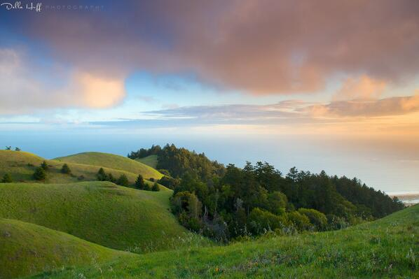 AWESOME! RT @dellahuff: @calparks Thought you might enjoy last night's magical sunset on springtime-lush Mt. Tam! http://t.co/lKmZ27gk0L