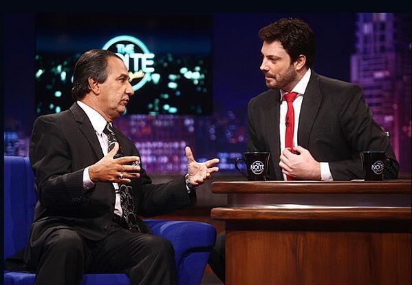 Hoje, meia noite, @PastorMalafaia em entrevista no @DaniloGentili programa THE NOITE, no SBT. Não Percam! http://t.co/6bD4HZ6F8r