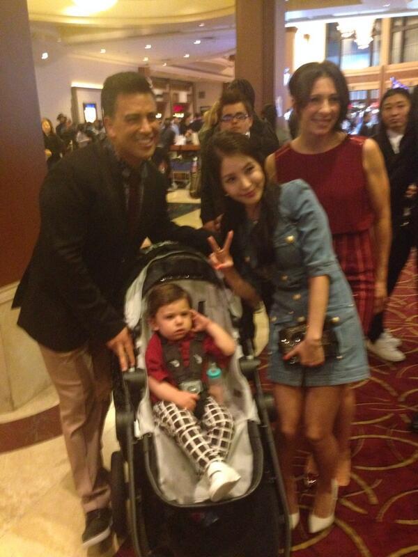 Aww! RT @MaritzaBerta: #MakeYourMove STAR #BoA @BoAkwon with choreographers @NAPPYTABS and their adorable son! http://t.co/C7P4uOurLu